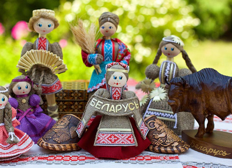 Четыре визовых режима и прочее: забавные нелепости белорусского въездного туризма