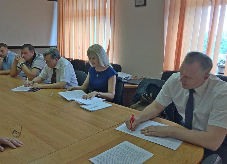 В Министерстве спорта и туризма обсудили ситуацию с «Натали Турс» и создали штаб