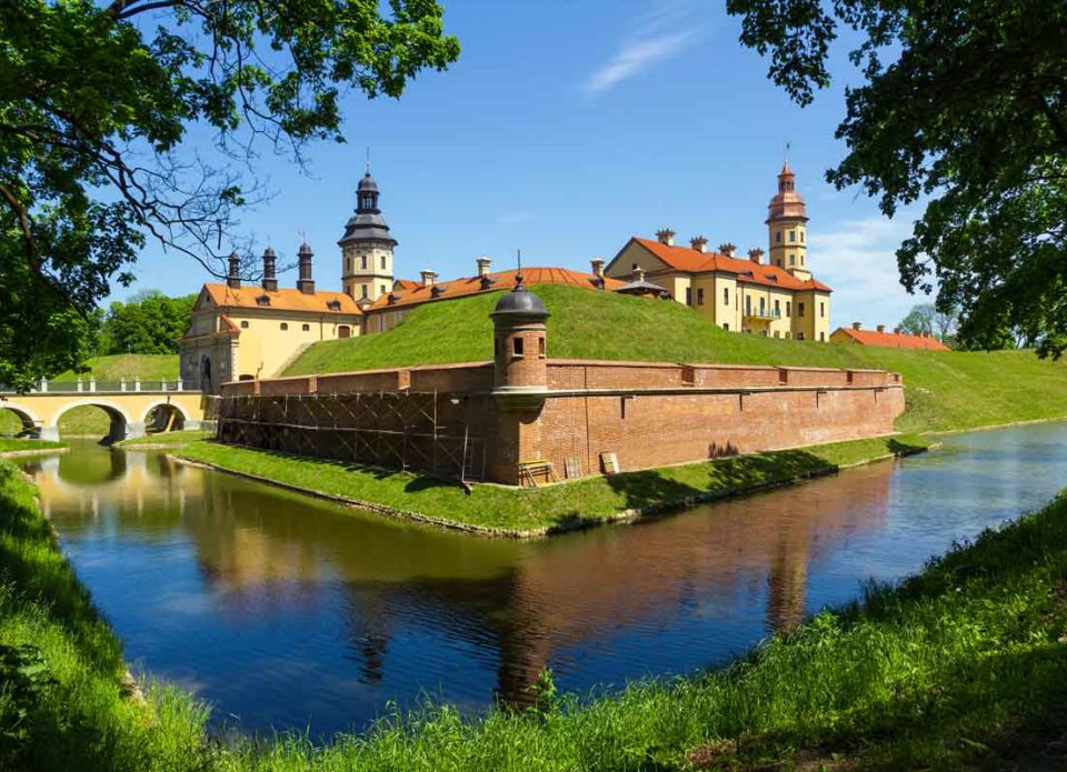 Безвизовый въезд в Беларусь увеличили с 5 сразу до 30 дней