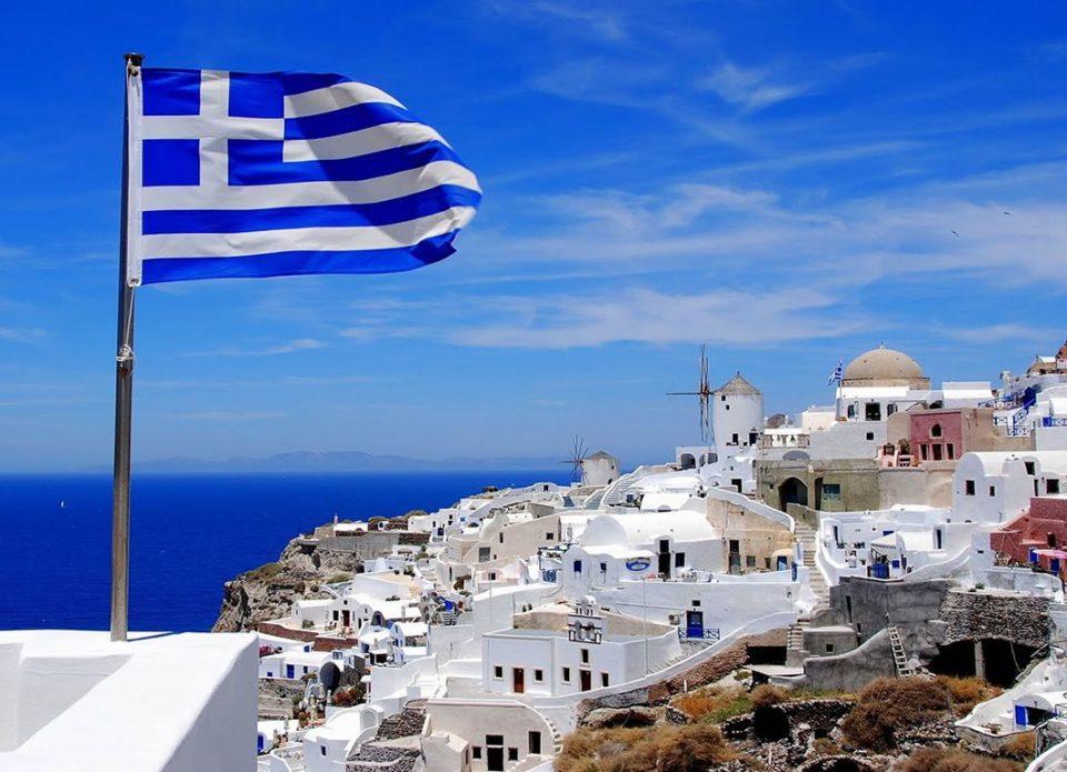 Греция приходит в себя: представители турбизнеса делятся видео из греческих отелей