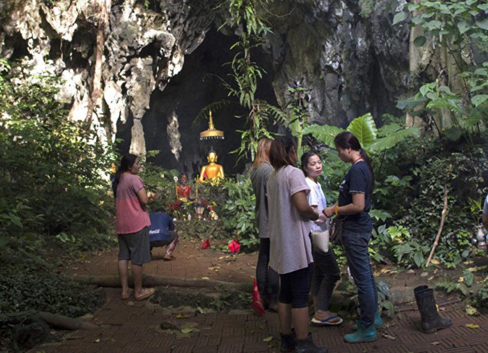 В Таиланде пещеру, где потерялись дети, сделают экскурсионным объектом
