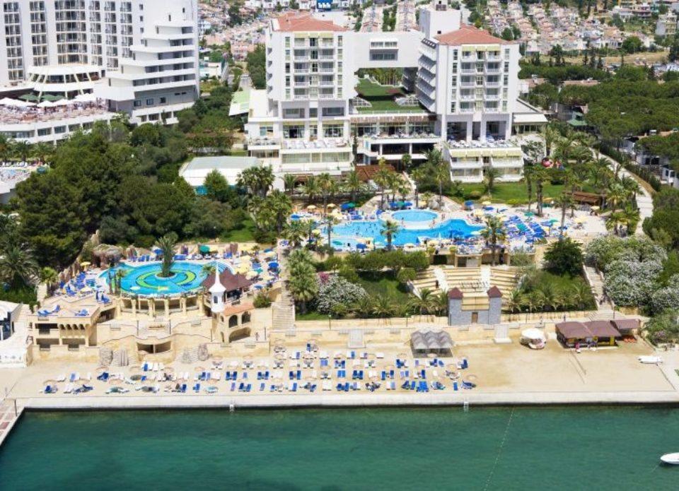 В Кушадасах продан за долги один из самых популярных отелей побережья