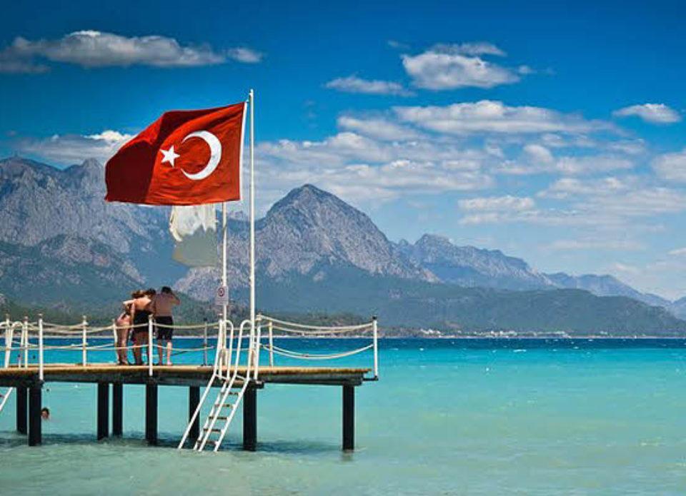 В Турции озвучили прогноз на 2019 год и назвали главного конкурента. Это не Греция!