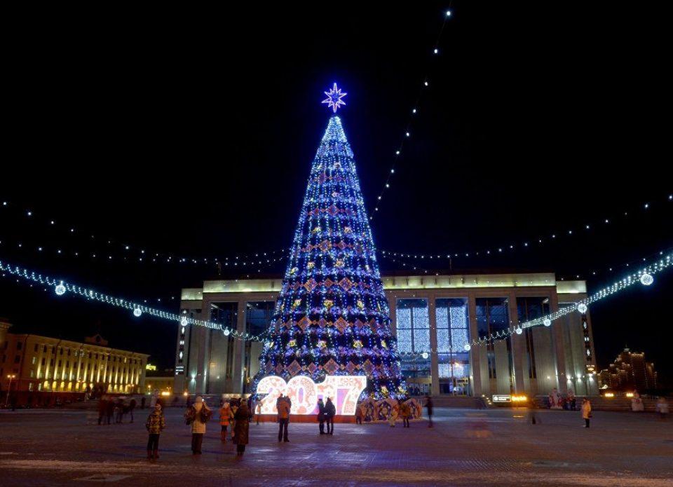 Минск возглавляет рейтинг самых популярных городов СНГ для новогодних путешествий россиян