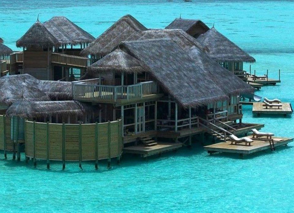 На Мальдивах сгорел популярный отель Gili Lankanfushi