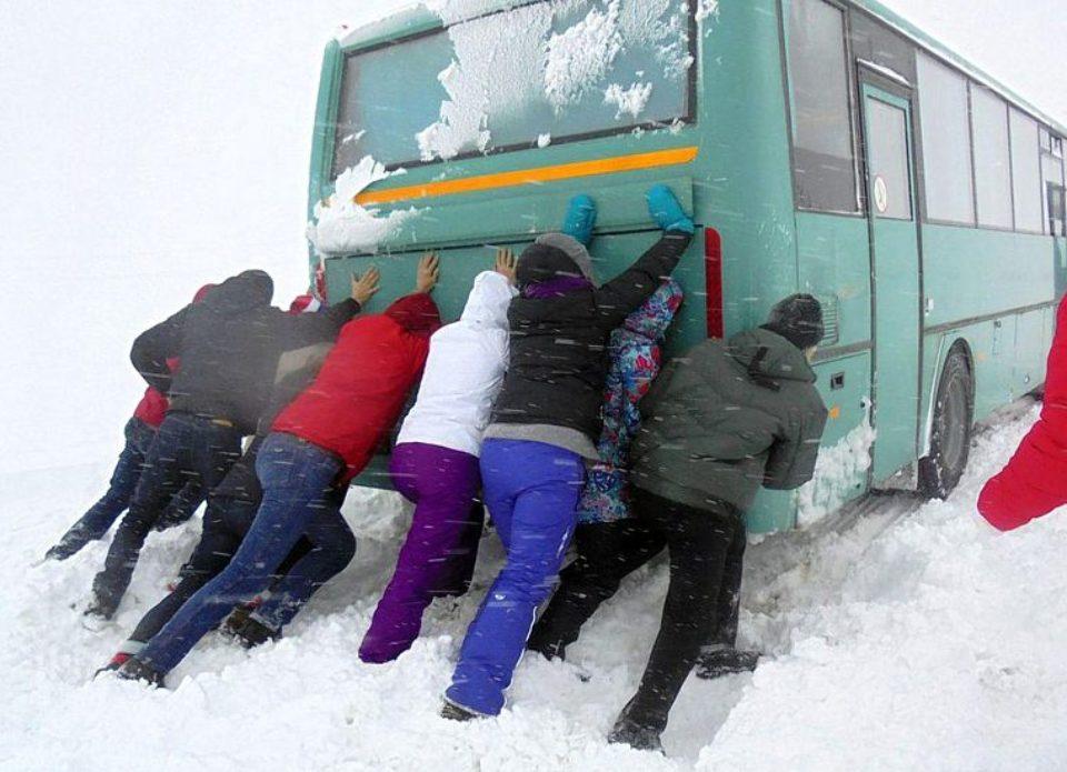 У российских туристов по пути из Минска в Петербург дважды сломался автобус