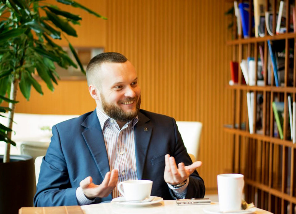Федор Бахвалов больше не является директором по продажам «Ренессанс Минск Отеля»