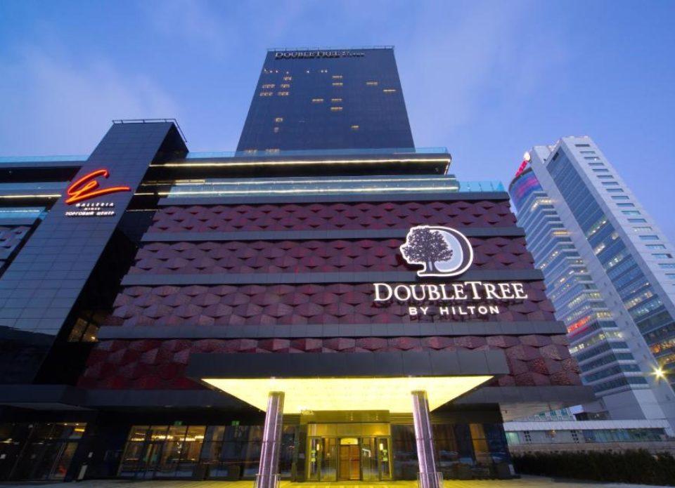 Империя гостеприимства: отельная сеть Hilton празднует столетие!