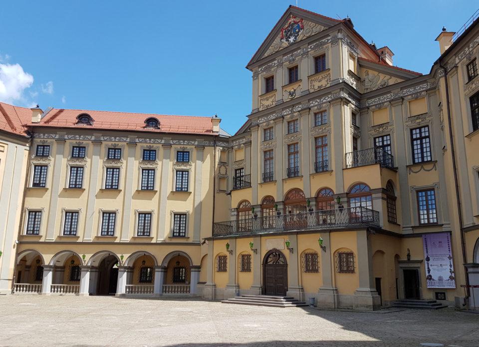Дворец Радзивиллов приглашает на Гранд Кирмаш