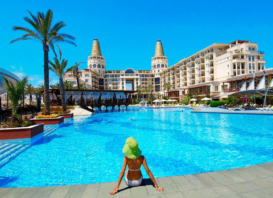 Туристам в Турции придется дольше ждать заселения в отели