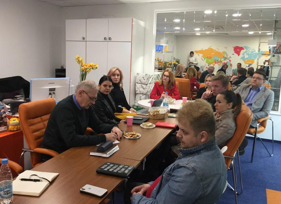 Мораторий на выплаты и трехстороннее допсоглашение: состоялось заседание рабочей группы турагентов