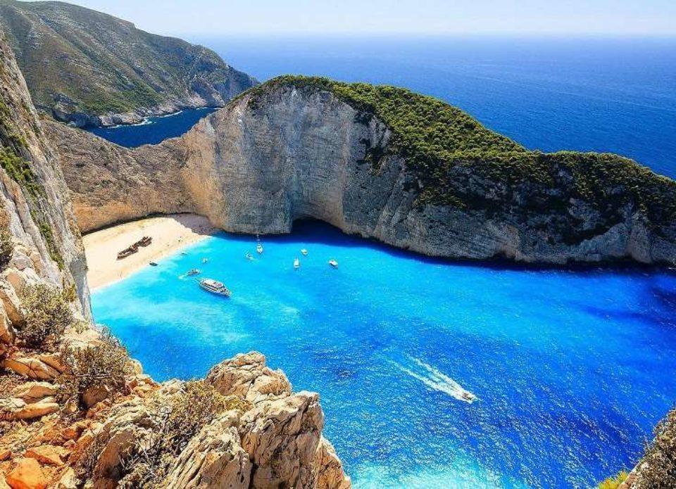 В Греции появился предварительный план возвращения туристической отрасли к «мирной» жизни