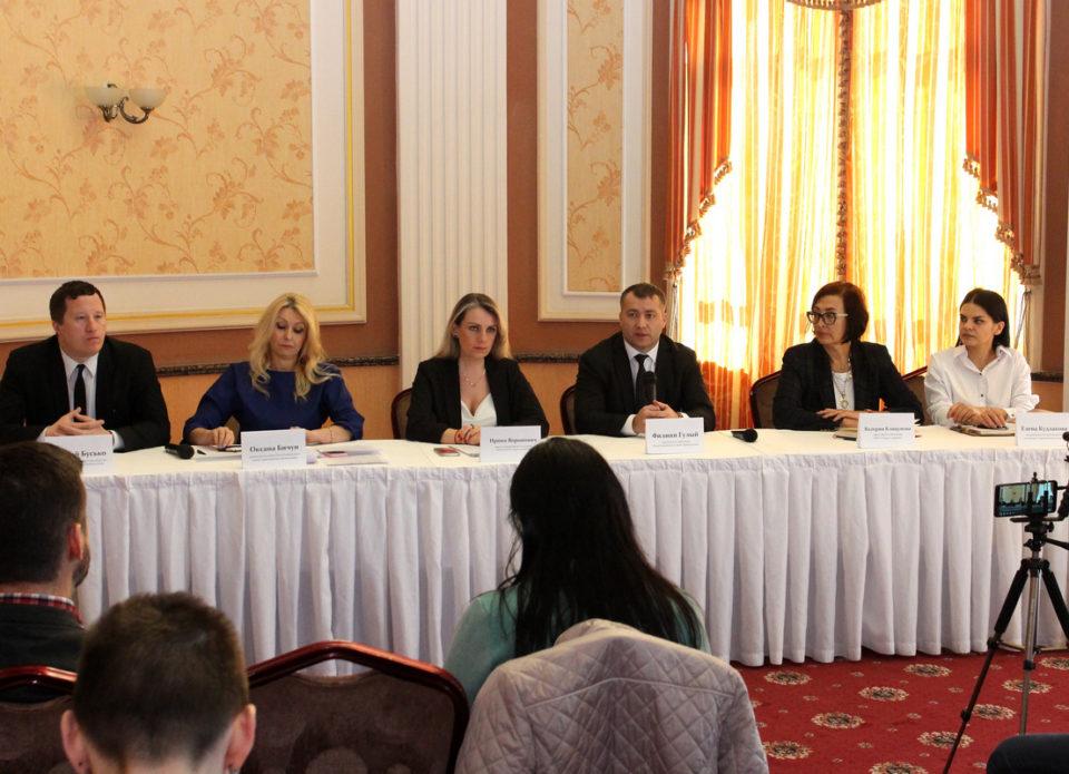 Пять общественных объединений и Департамент по туризму провели пресс-конференцию
