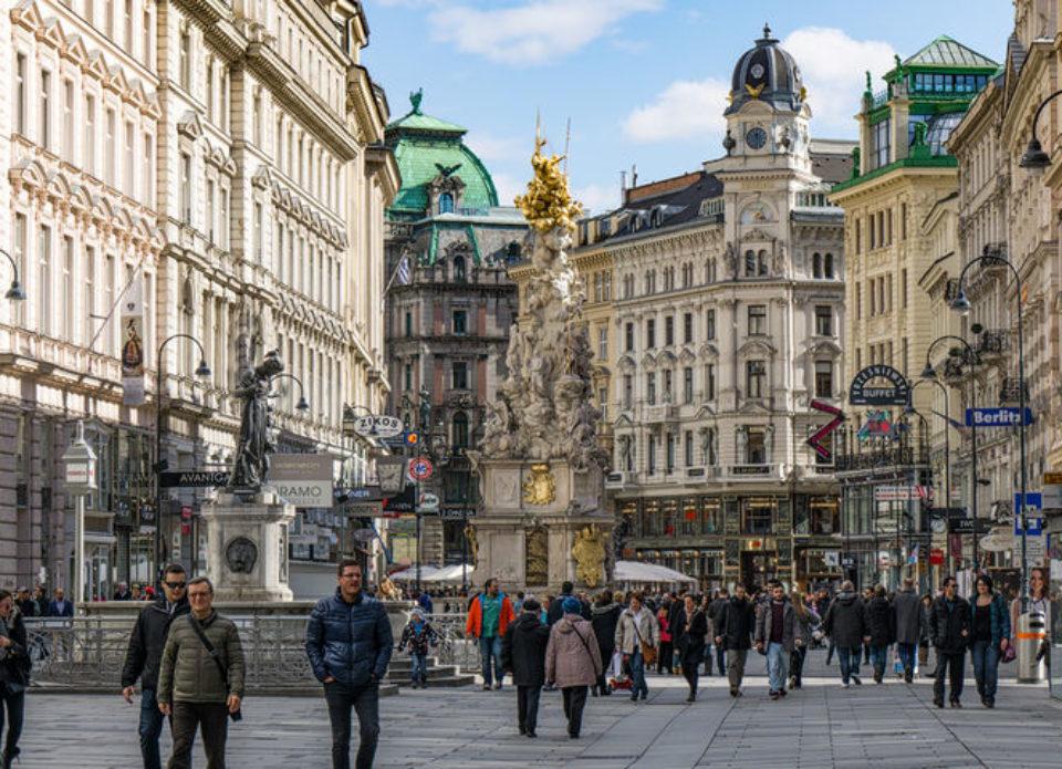 Etihad Airways планирует летать в Вену с 1 июля
