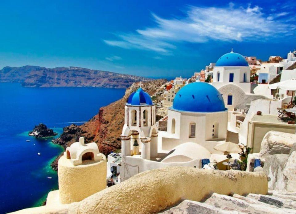 Греция намерена заключать двусторонние соглашения со странами об условиях въезда туристов