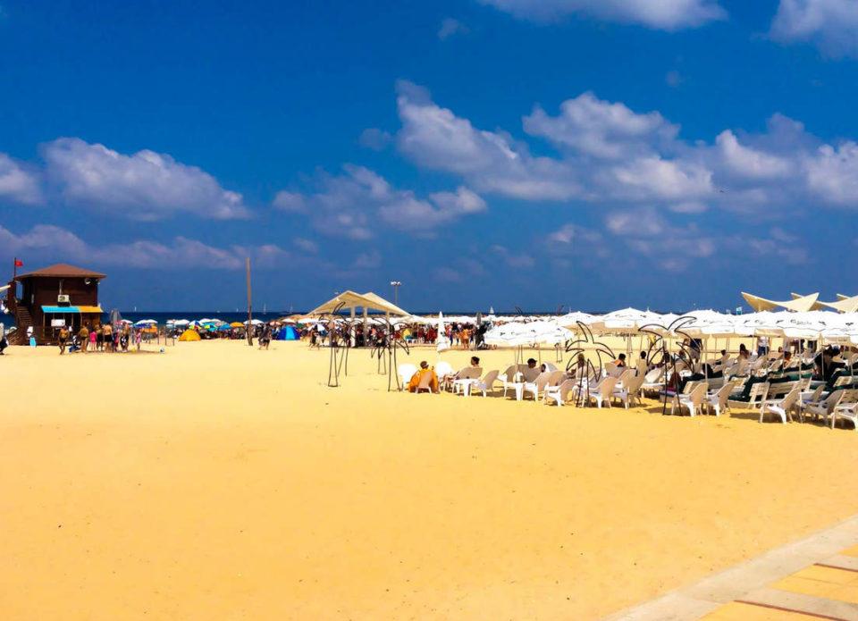 20 мая в Израиле открываются пляжи