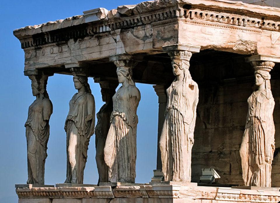 Греция не планирует требовать тесты на коронавирус у туристов