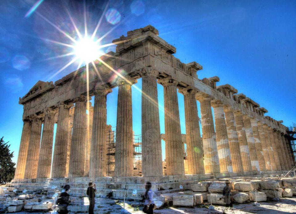 Из каких стран Греция примет туристов с 15 июня?