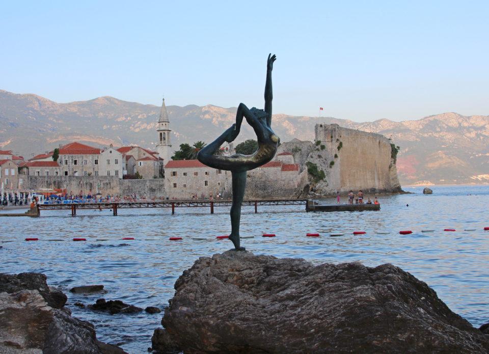 Чартерная программа в Черногорию начнется с 1 июля
