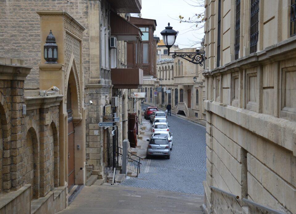 Бюро по туризму Азербайджана приглашаетввиртуальный тур по Баку
