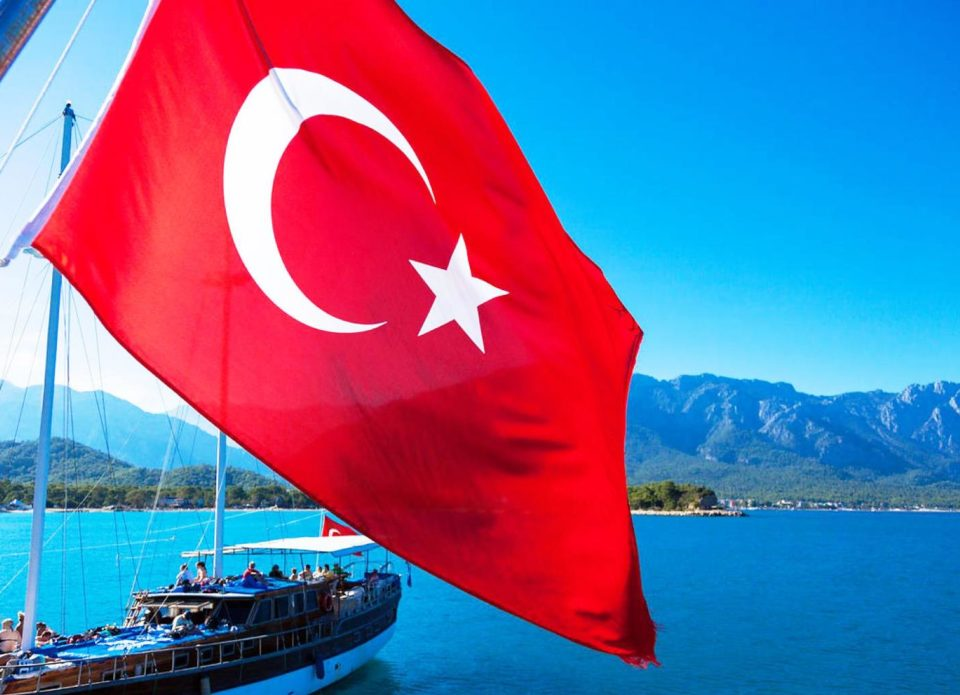 Старт чартерных полетов из Беларуси в Турцию: консолидаторы объявили программы
