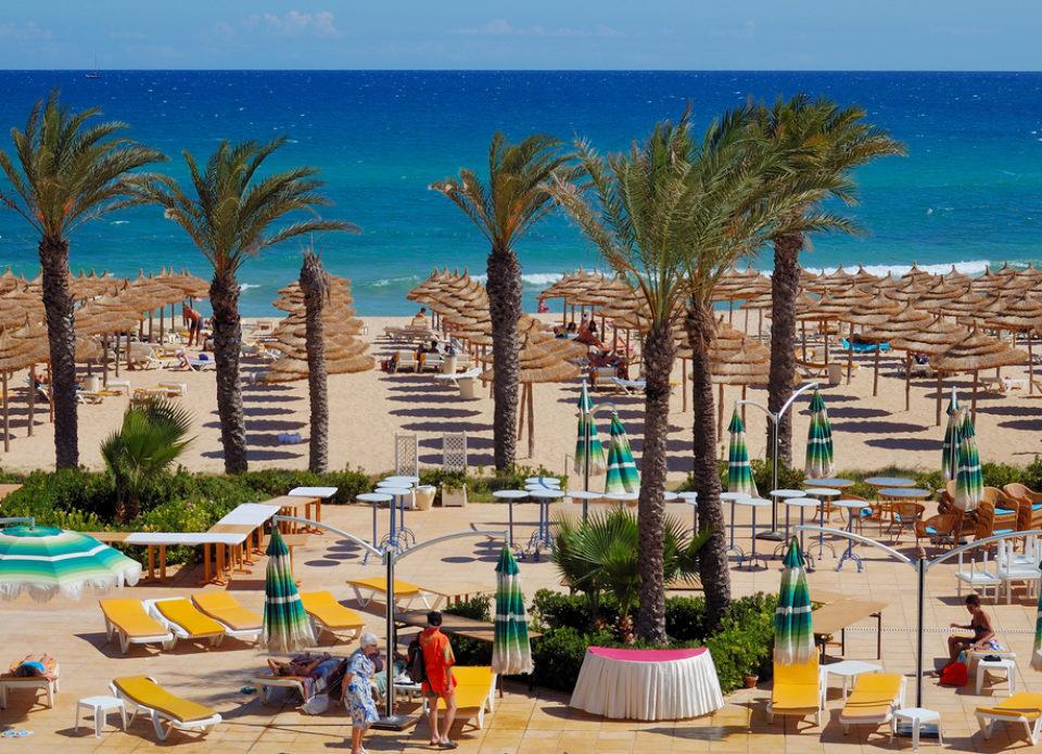 Для поездки в Тунис понадобится отрицательный тест на COVID-19