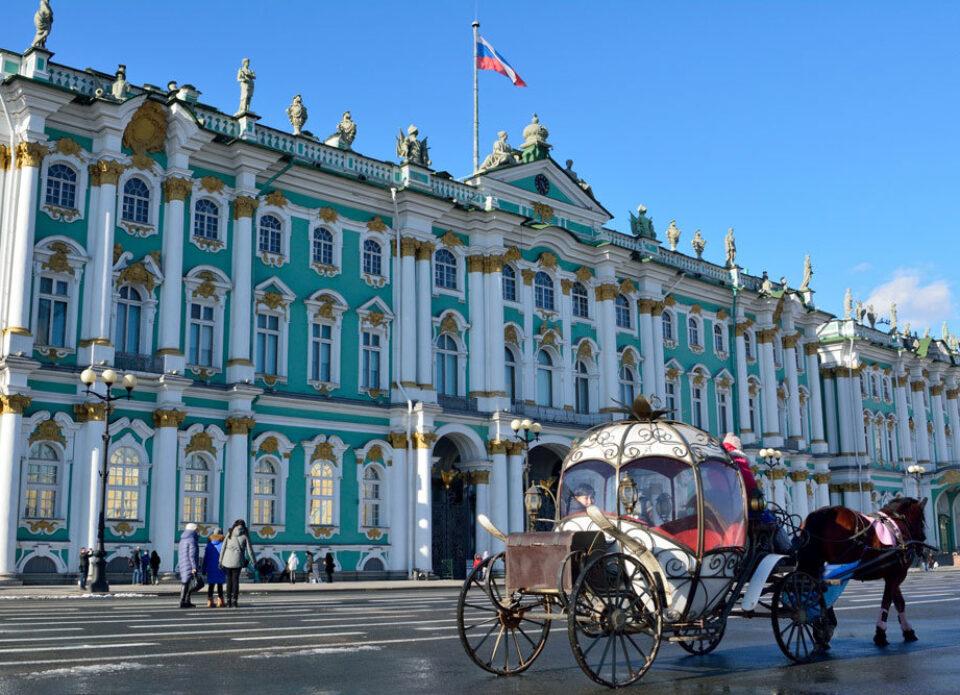 В России гражданам заплатят за туристические поездки по стране