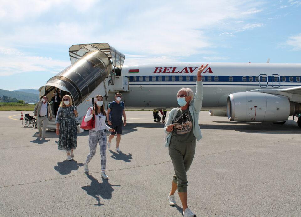 Состоялся первый чартерный рейс из Беларуси в Черногорию (фоторепортаж)