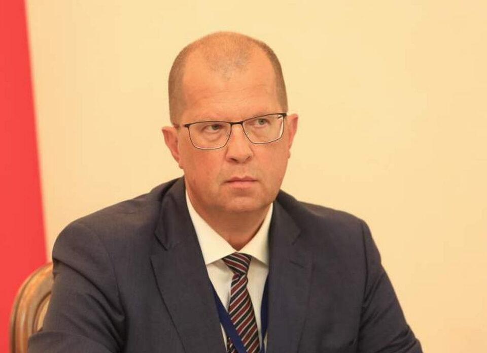 Латвийский дипломат Георгий Воевода покидает Минск