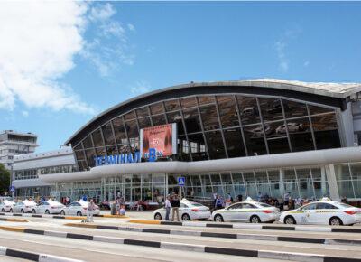 Украина запретила въезд транзитным путешественникам