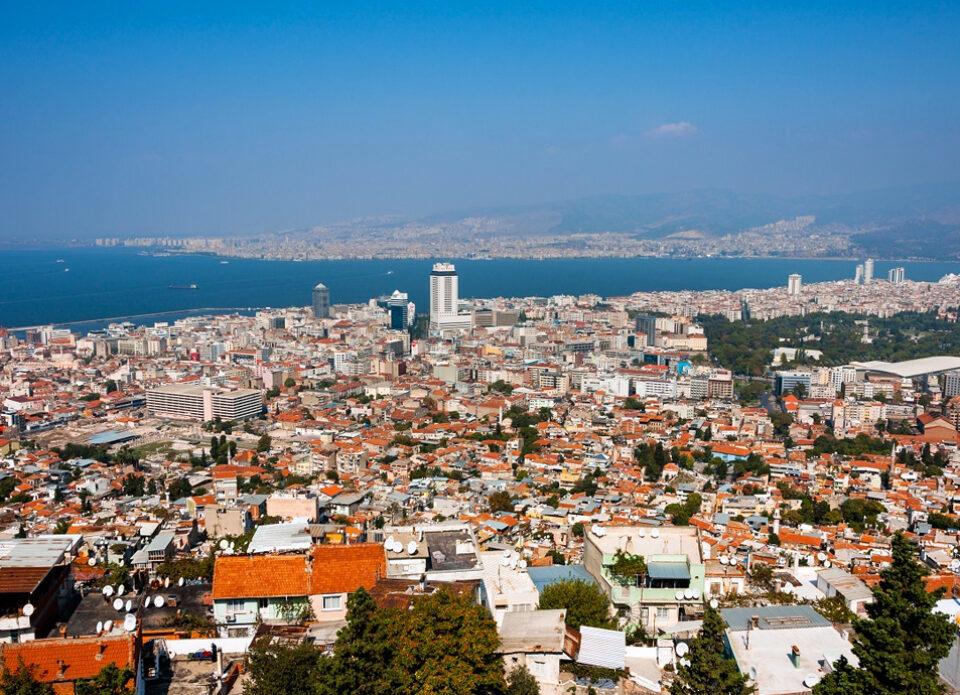 В Турции в районе Измира произошло землетрясение магнитудой 6,6 баллов