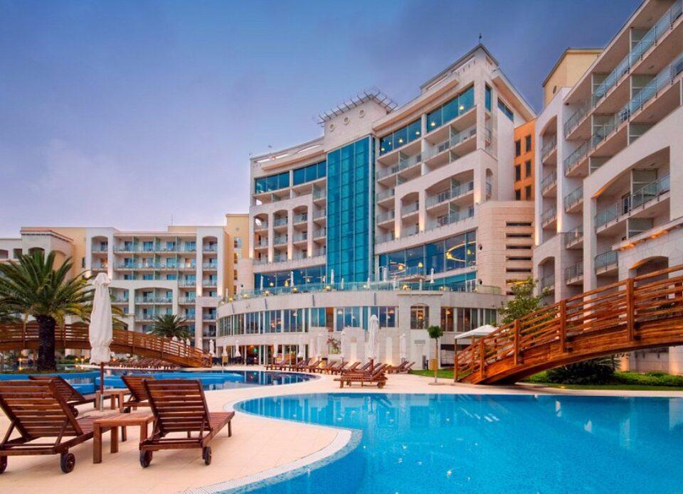 Черногорский отель SplendidConference & SPA Resort 5* получил знак Safe Travels