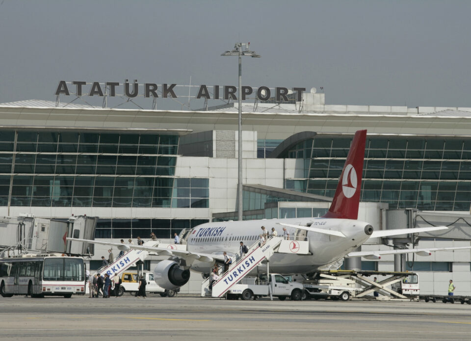 Транзитникам в Турции также необходим ПЦР-тест