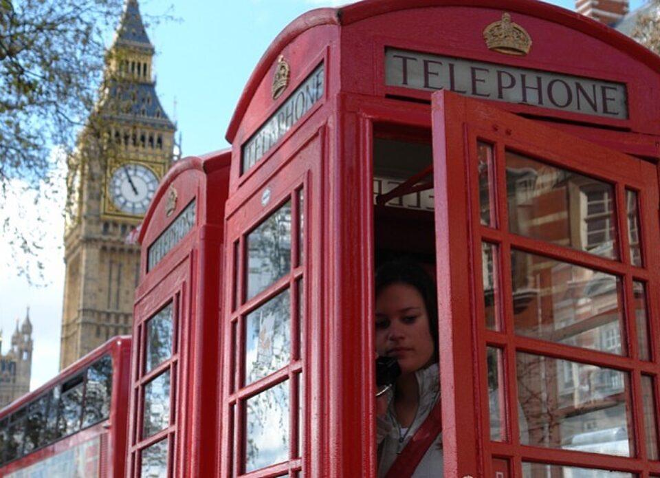 Один из крупнейших туроператоров Великобритании приостановил работу