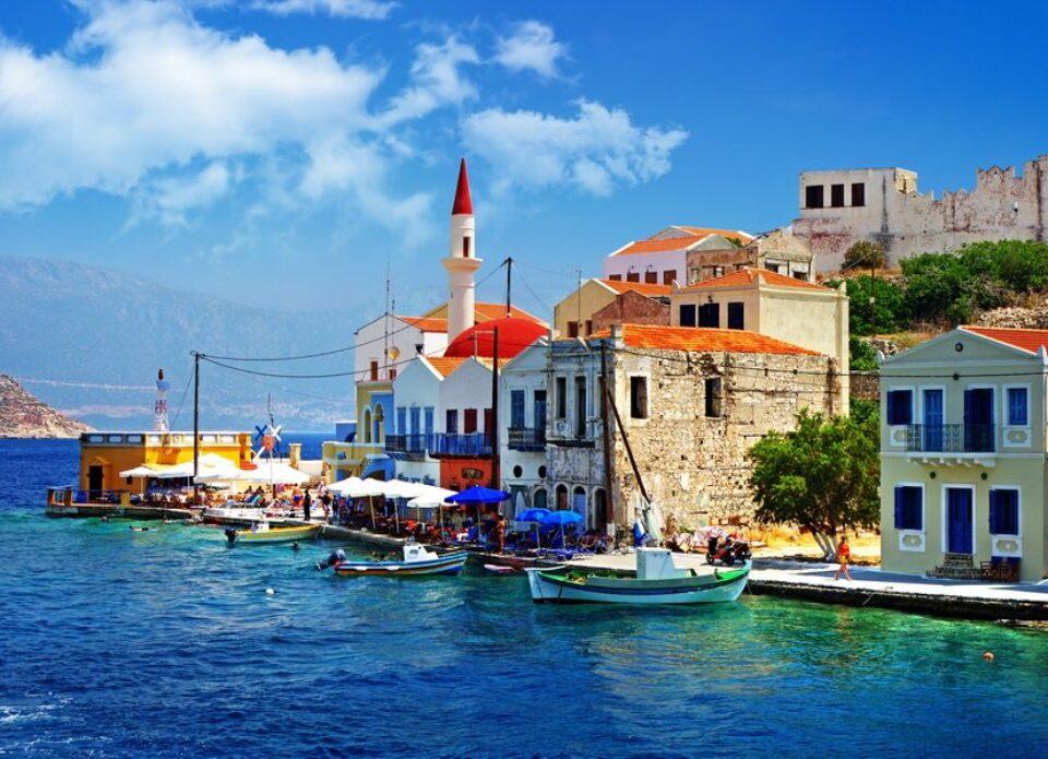 Ellinair возобновляет полеты в Грецию