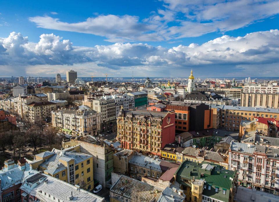 С 24 марта въезд в Украину разрешен только с ПЦР-тестом