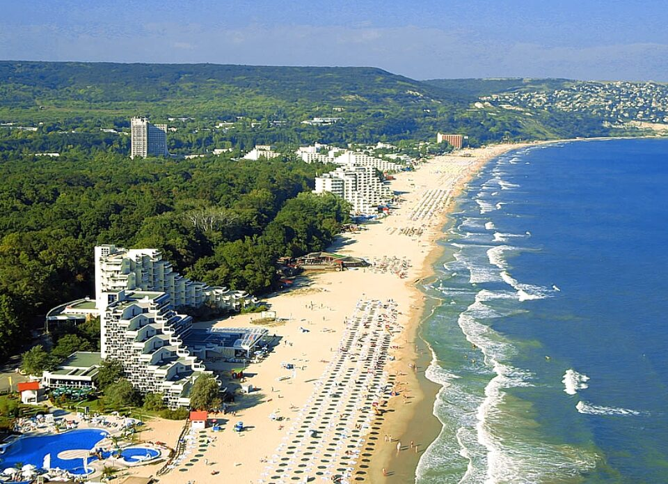 Болгария откроется для туристов 1 мая 2021 года