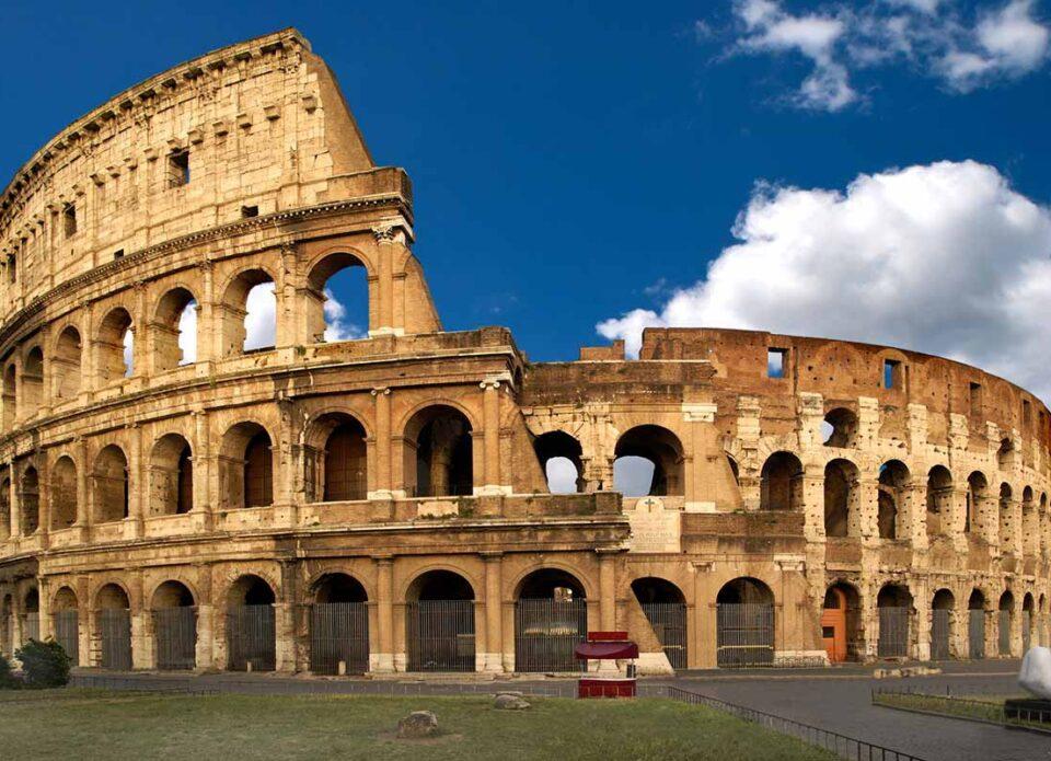 «Имунные паспорта» и другое: Италия обнародовала план по восстановлению туризма