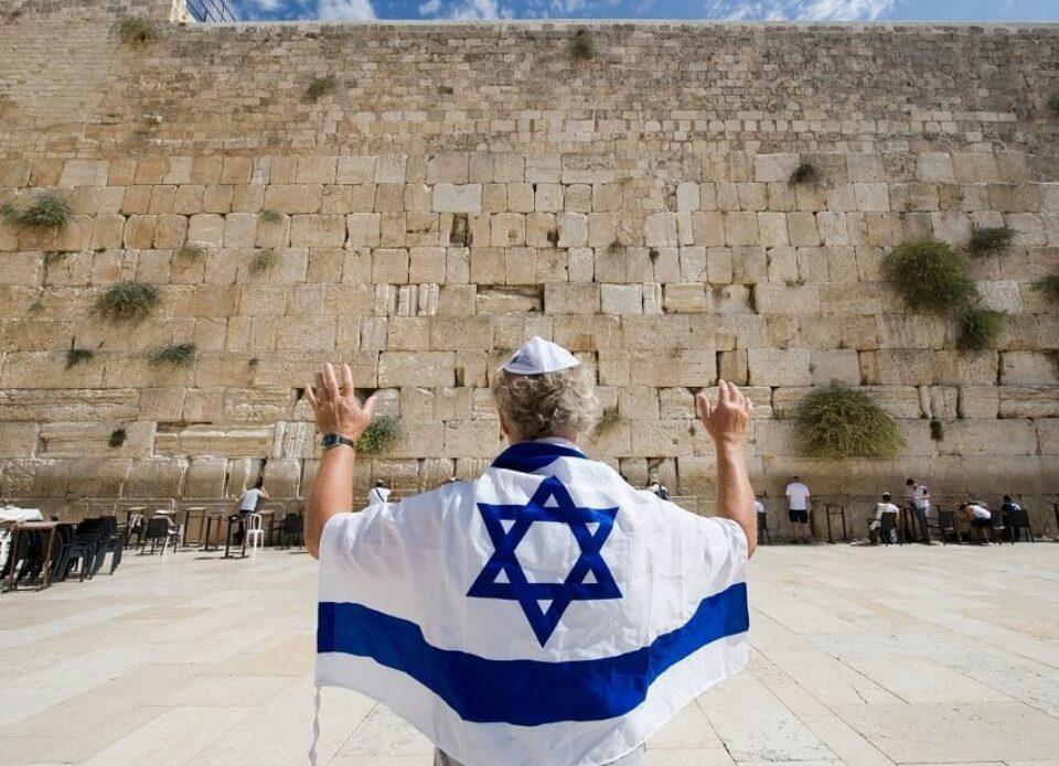 Израиль с 23 мая открывает границы для туристов