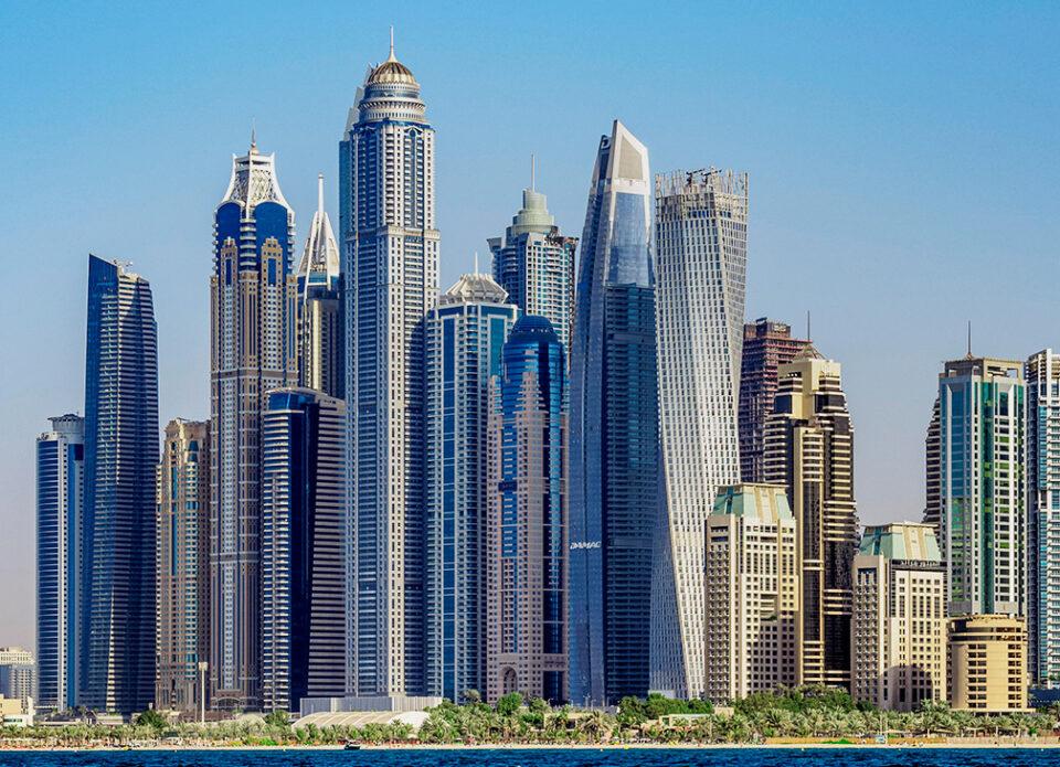Дубай ослабил меры профилактики COVID-19