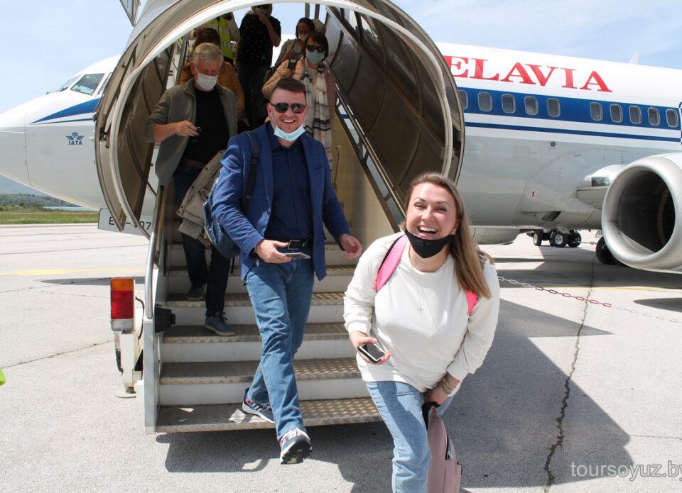 Состоялся первый чартерный рейс из Беларуси в Черногорию