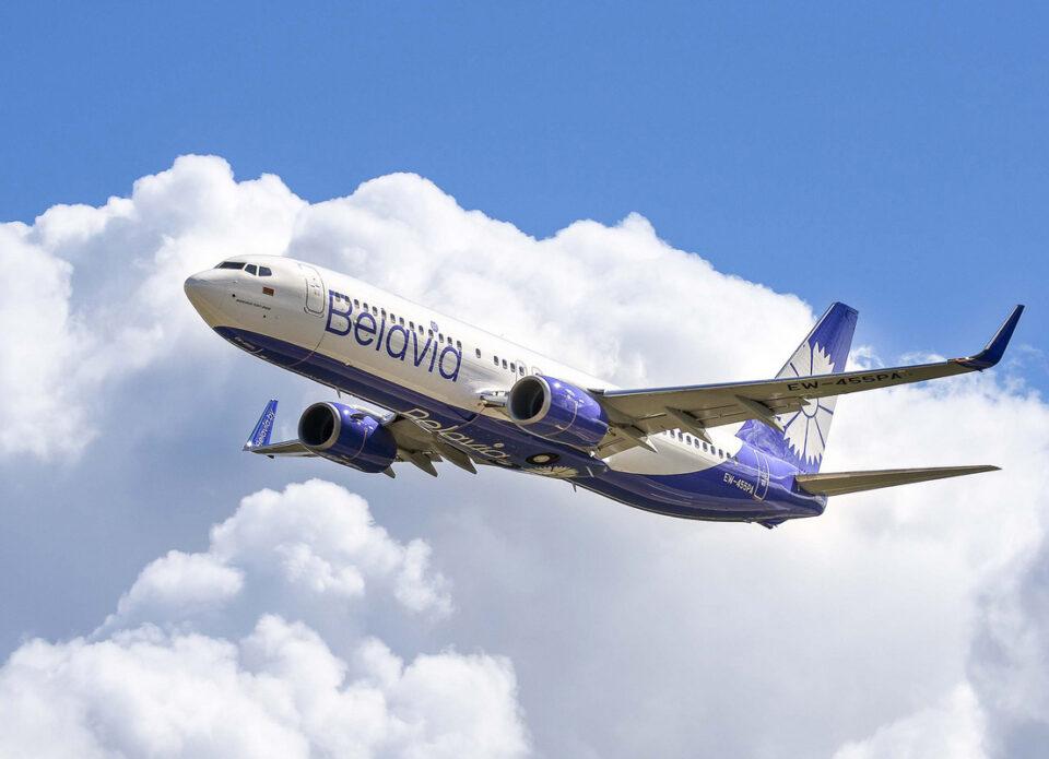 Самолет «Белавиа», летевший в Анталью, вынужденно сел в Домодедово