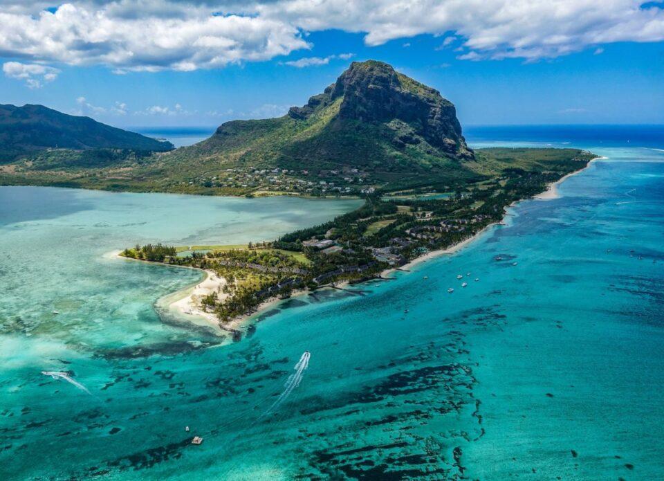 На каких условиях открывается Маврикий с 15 июля?